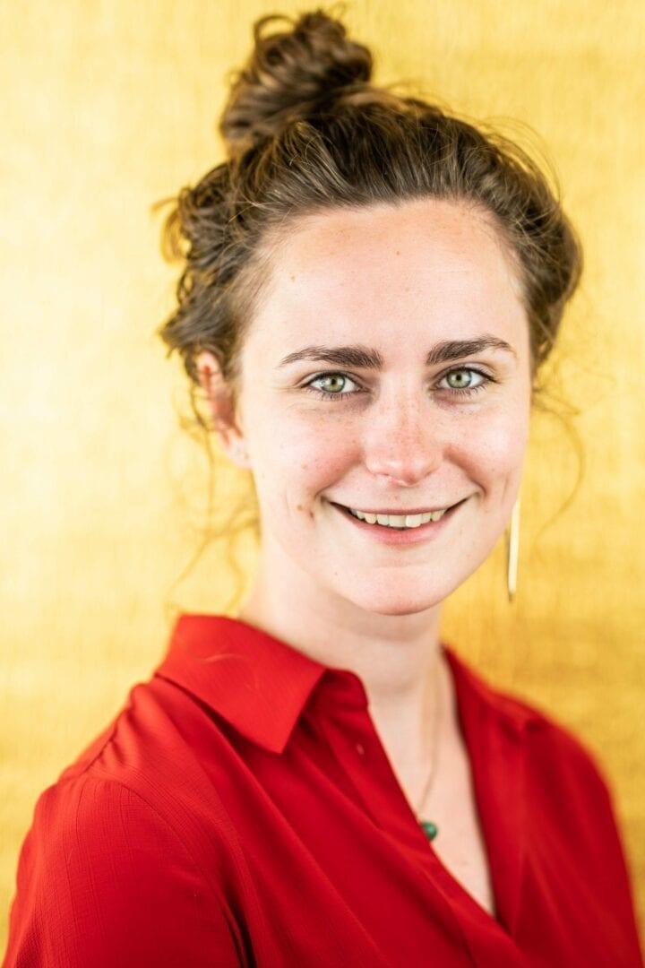 Portret Karlijn Hemmer - Zakelijk leider